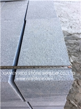 G654 Dark Grey Granite Garden Palisade Pillar