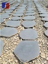 Gray Basalt Random Flagstone Basalt/Crazy Pavers