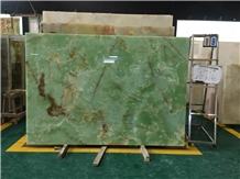 Verde Afghanistan Onyx Slab for Project
