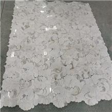 Calacatta Borghini Marble Flower Mosaic Pattern