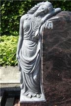 Black Granite Monument & Tombstone & Headstone