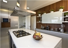 White Crystallized Panel for Kitchen Countertops