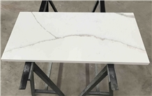White Calacatta Quartz for Interior Desk Table Top