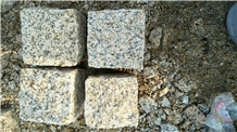 Yellow Rustic Granite Split Cubes Cobbles Sett