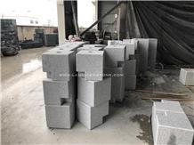 White Granite Stone Road Bollards for Packing Area
