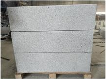 G623 Chinese Grey Granite Bush Hammered Curbstone