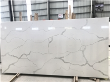 Calacatta Quartz Stone White Slab for Countertops