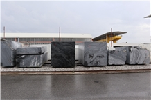 Nero Cattani ® Carrara Blocks