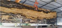 Fusion Gold Granite Slabs