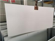 Pure White Quartz Engineered Stone Kitchen Slabs