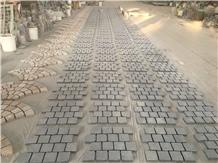 Padang Grey Granite G654 on Mesh Paving Cubes