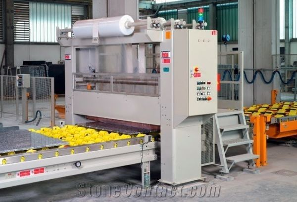 APL- Automatic applicator of the protective polyethylene