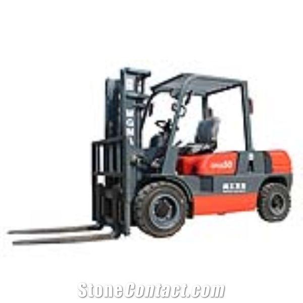 CPCD50 Forklift truck