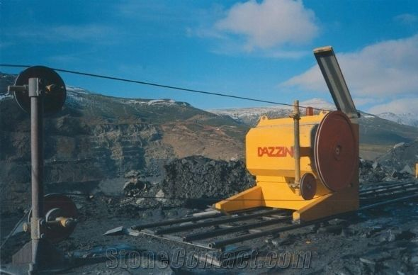Series 1000 - Diamond wire cutting machine for quarry