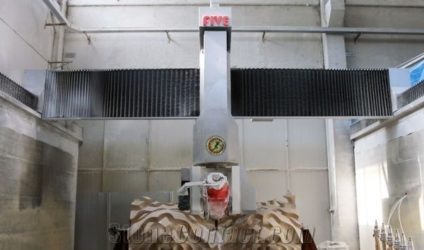 5-axis Machining center and Bridge saw