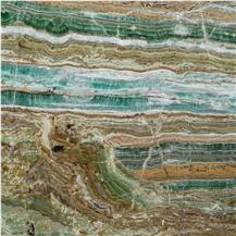 Emerald Metis Amare Onyx