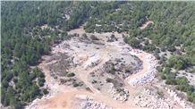 /picture201511/Quarry/201610/1322/pantera-bianca-marble-quarry-quarry1-4553B.JPG