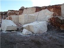 /quarries-4576/travertino-alpaca-alpaca-travertine-quarry