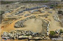 /picture201511/Quarry/201711/130468/copacabana-granite-black-horse-granite-quarry-quarry1-4362B.JPG