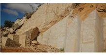 /picture201511/Quarry/20173/138669/alaska-gold-granite-quarry-quarry1-4771B.JPG