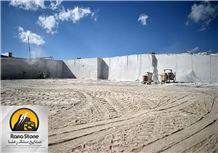 /picture201511/Quarry/20174/139544/pietra-gray-marble-rana-quarry-quarry1-4816B.JPG