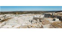 /quarries-4842/azul-platino-quarry