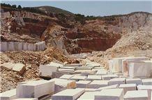 /picture201511/Quarry/20175/140068/marmara-white-marmara-semi-white-marmara-equator-panda-white-mink-classic-marble-quarry1-4859B.JPG