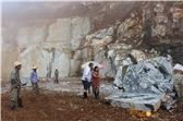 /picture201511/Quarry/20179/128906/ice-connect-marble-white-beauty-marble-white-and-green-primavera-marble-ice-jade-marble-ice-green-marble-quarry1-4967B.JPG