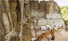 /picture201511/Quarry/201810/153294/grigio-imperiale-pietra-brown-marble-quarry-quarry1-5691B.JPG