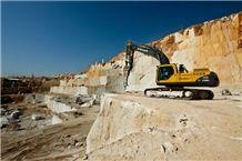 /picture201511/Quarry/201810/22631/entas-new-beige-marble-quarry-quarry1-5635B.JPG