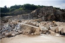 /picture201511/Quarry/201811/154141/chiampo-grolla-rosato-grolla-rosato-marble-quarry-quarry1-5799B.JPG