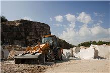 /picture201511/Quarry/201811/154141/grolla-venato-marble-quarry-quarry1-5801B.JPG