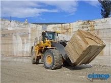 /picture201511/Quarry/201811/20791/travertino-romano-alga-longarina-quarry-quarry1-5748B.JPG
