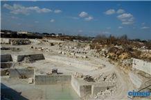 /picture201511/Quarry/201811/20791/travertino-romano-classico-fosse-bernini-quarry-quarry1-2176B.JPG