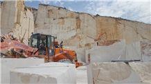 /picture201511/Quarry/201811/60704/perlato-fiorito-crema-perlato-marble-quarry-quarry1-5789B.JPG
