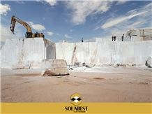 /picture201511/Quarry/201812/152632/solamoon-marble-quarry-quarry1-5909B.JPG