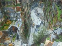 /picture201511/Quarry/201812/154260/negro-ruivina-marble-ruivina-antique-ruivina-commercial-ruivina-extra-ruivina-isabel-novo-ruivina-ruivina-escura-ruivina-storm-quarry-quarry1-5833B.JPG