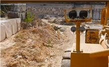 /picture201511/Quarry/201812/27838/travertino-dark-dorato-quarry-quarry1-5904B.JPG