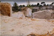 /picture201511/Quarry/201812/27838/travertino-light-dorato-quarry-quarry1-5907B.JPG