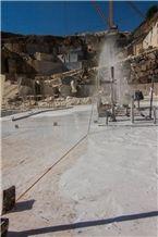 /picture201511/Quarry/20188/151868/vigaria-cream-marble-rosa-vigaria-rosa-white-marble-quarry-quarry1-5540B.JPG