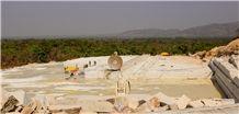 /picture201511/Quarry/20189/145246/gitata-gold-granite-quarry-quarry1-5598B.JPG
