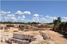 /picture201511/Quarry/20189/152160/kirmenjak-dark-limestone-quarry-quarry1-5591B.JPG