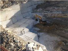 /picture201511/Quarry/20191/13188/zebrino-gold-marble-quarry-quarry1-6028B.JPG