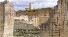 /picture201511/Quarry/20191/155451/pietra-carparo-rosso-pietra-leccese-quarry-quarry1-6001B.JPG
