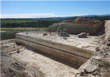 /picture201511/Quarry/20191/155657/crema-incomar-floresta-sandstone-quarry-quarry1-6037B.JPEG