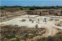 /picture201511/Quarry/20191/16089/pietra-leccese-calcare-melpignano-quarry-quarry1-6015B.JPG