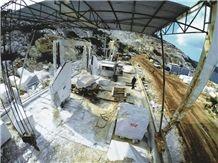 /picture201511/Quarry/20191/28509/aegean-cream-marble-aegean-white-marble-quarry-quarry1-5944B.JPG