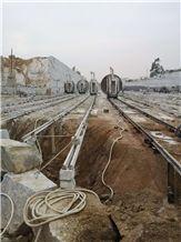 /picture201511/Quarry/20191/57011/gutian-red-granite-mine-quarry1-5997B.JPG
