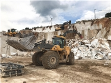 /picture201511/Quarry/201911/111138/dolce-whita-marble-quarry-quarry1-6729B.JPG