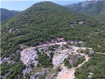 /picture201511/Quarry/201912/78145/calacatta-joyce-marble-quarry-quarry1-6796B.JPG